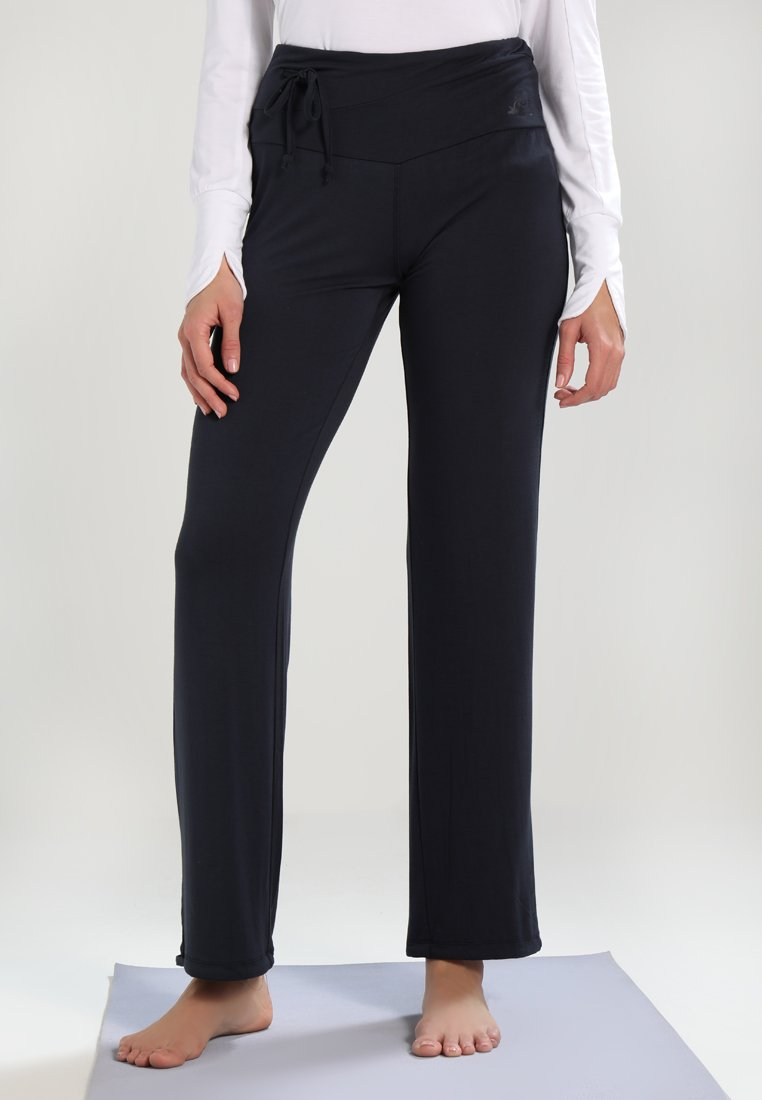 Curare Yogawear - LONG PANTS  - Pantalon de survêtement - midnight/blue