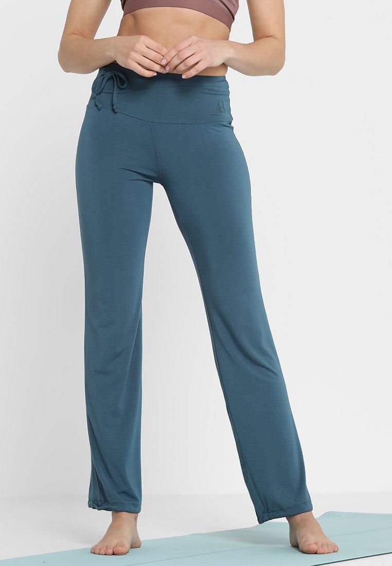 Curare Yogawear - LONG PANTS  - Tracksuit bottoms - petrol