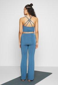 Curare Yogawear - PANTS SKIRT - Joggebukse - horizon blue - 2
