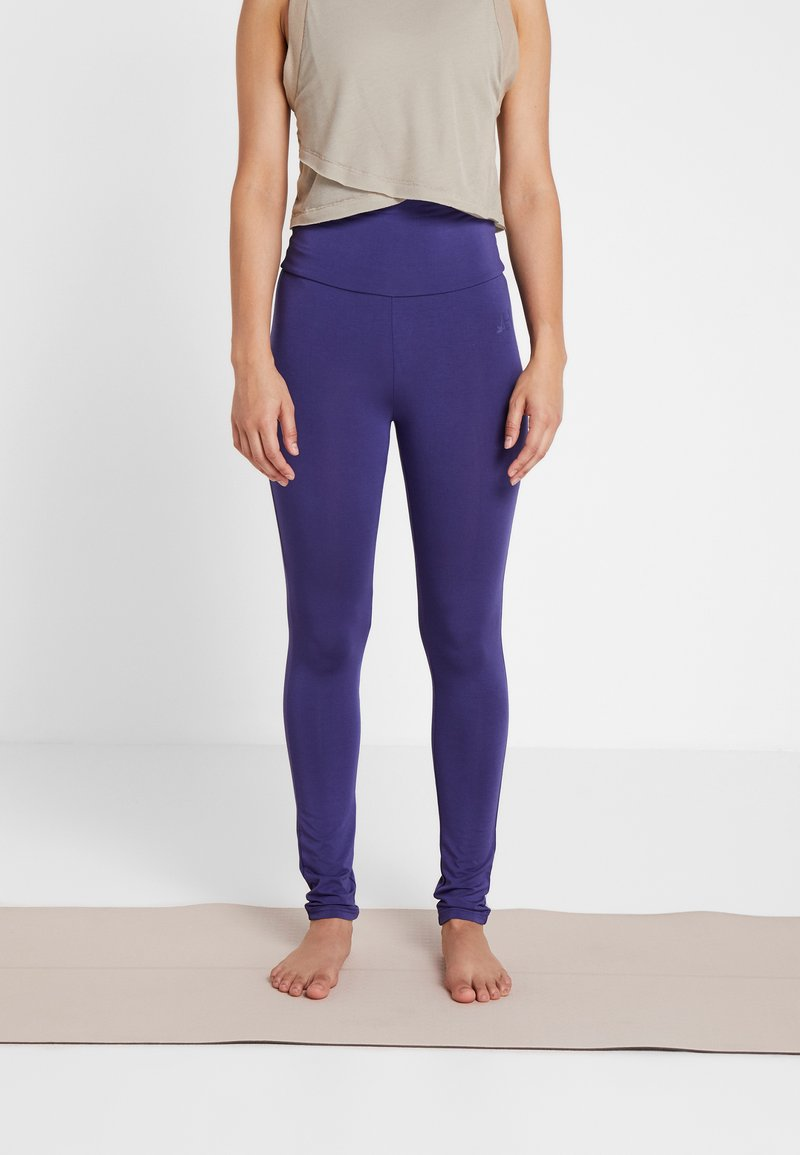 Curare Yogawear - LEGGINGS - Tights - indigo blue