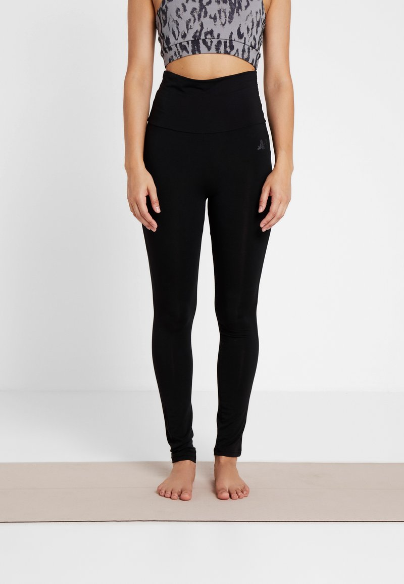 Curare Yogawear - LEGGINGS - Leggings - black