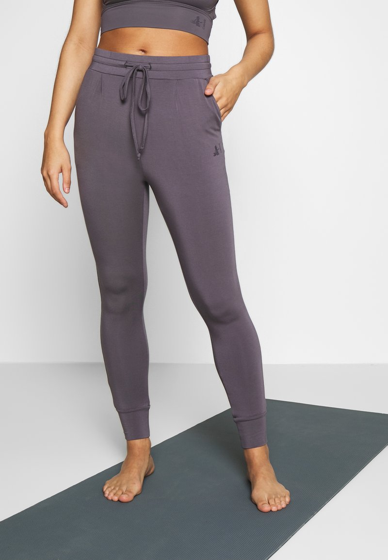 Curare Yogawear - LONG PANTS - Tights - greyberry