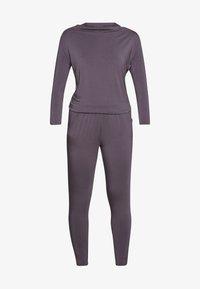 Curare Yogawear - JUMPSUIT WATERFALL - Tepláková souprava - grey berry - 3