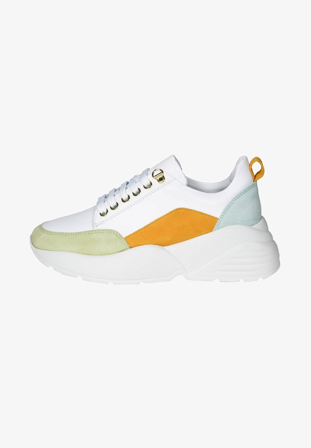 BRIGI - Trainers - white/light green/yellow