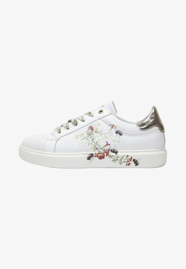 FOX-POPPY - Trainers - white/gold