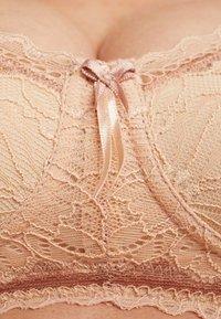 Cache Coeur - IRIS WIRE-FREE BREASTFEEDING - Podprsenka skosticemi - nude - 6