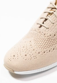 Cole Haan - ZEROGRAND STITCHLITE OXFORD - Sneakers - rye/optic white - 2