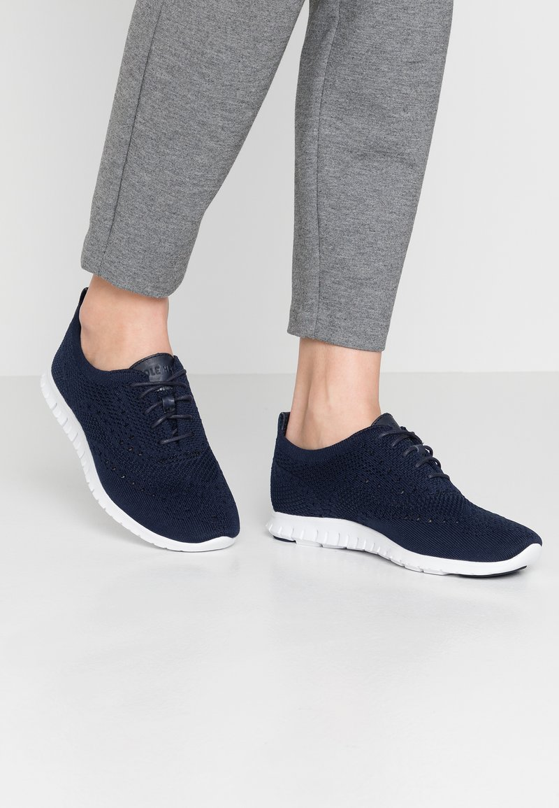 Cole Haan - ZEROGRAND STITCHLITE OXFORD - Baskets basses - marine blue/optic white