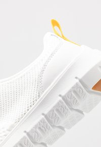 Cole Haan - GENERATION ZEROGRAND STITCHLITE - Sneakers - optic white - 2