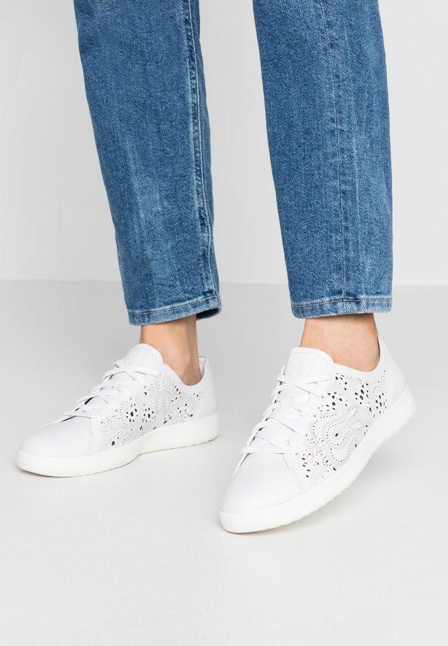 GRANDPRO TENNIS LASER CUT - Sneaker low - optic white