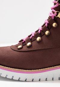 Cole Haan - ZEROGRAND  - Boots à talons - choc/ivory - 2