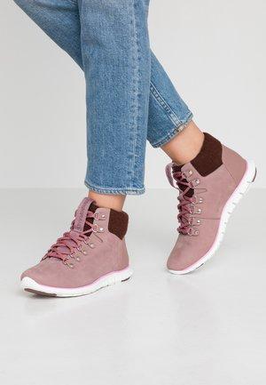 ZEROGRAND BOOT - Boots à talons - twilight mauve