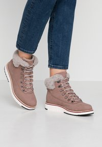 Cole Haan - ZEROGRAND - Winter boots - ivory - 0