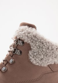 Cole Haan - ZEROGRAND - Winter boots - ivory - 2
