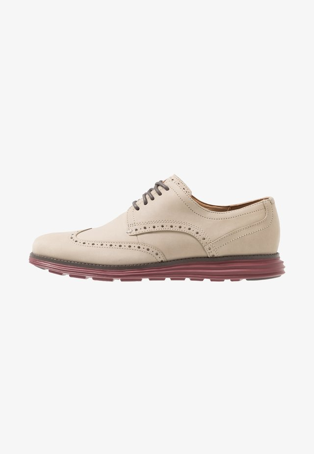 ORIGINAL GRAND WINGTIP OXFORD - Sportiga snörskor - hawthorn/fired brick