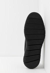 Cole Haan - GENERATION ZEROGRAND STITCHLITE - Sneakers - black - 4