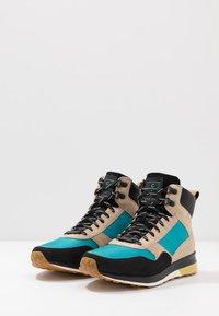 Cole Haan - GRANDPRO HIKER WR - Baskets montantes - sesame beige/blue green - 2