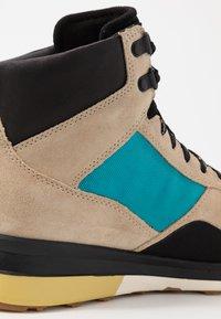 Cole Haan - GRANDPRO HIKER WR - Baskets montantes - sesame beige/blue green - 5