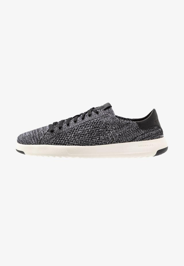 GRANDPRO TENNIS STITCHLITE - Sneakers - black/white/gray