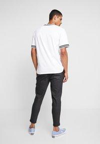 CHASIN' - TRIGGER - Kalhoty - dark grey - 2