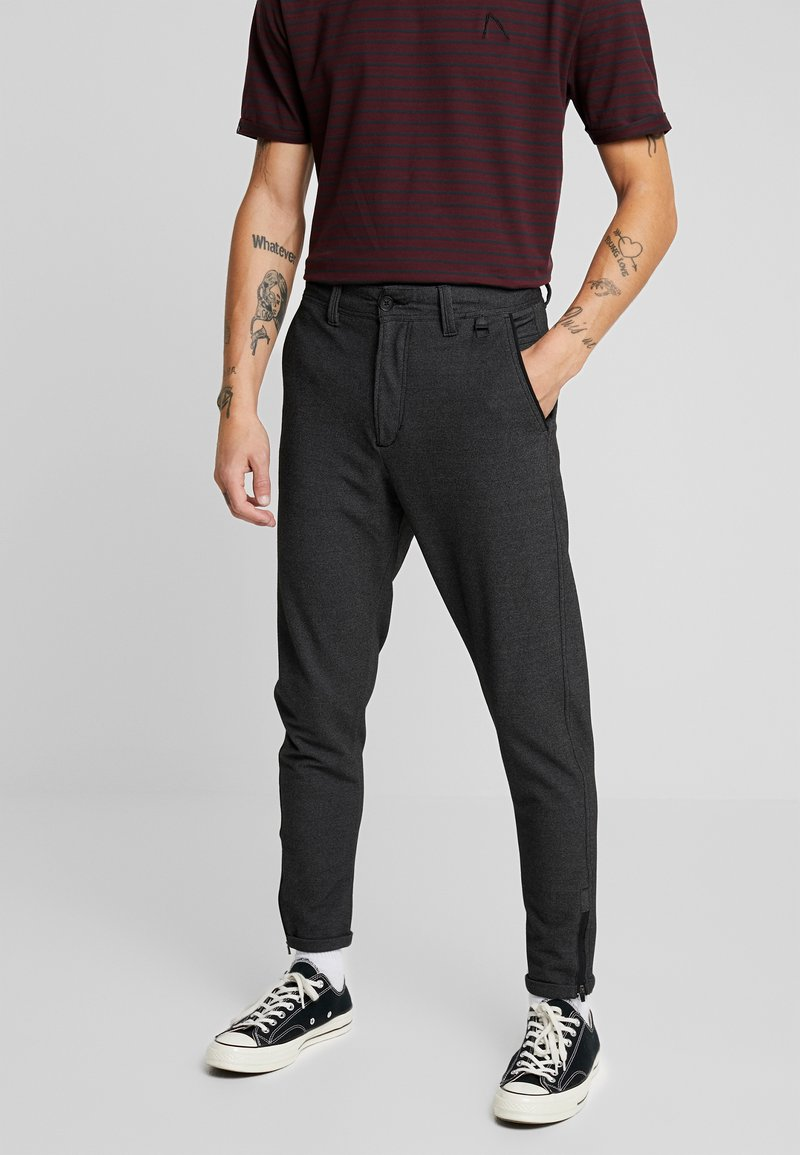 CHASIN' - TRIGGER ARCOT - Trousers - dark grey