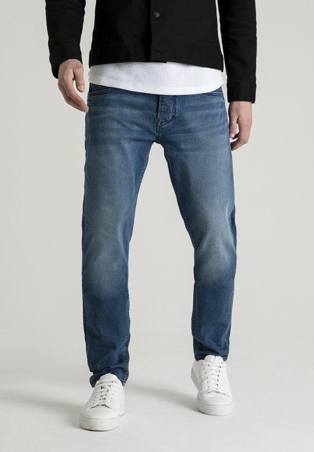 CROWN BLAST - Straight leg jeans - blue