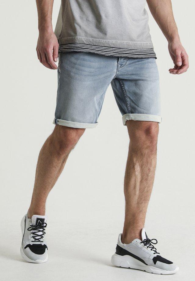 EGO.S ROWLAND - Denim shorts - blue