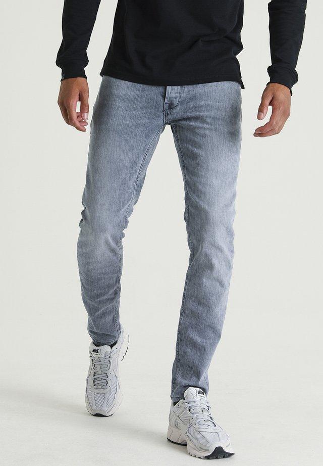 ROSS DANTE - Slim fit jeans - blue