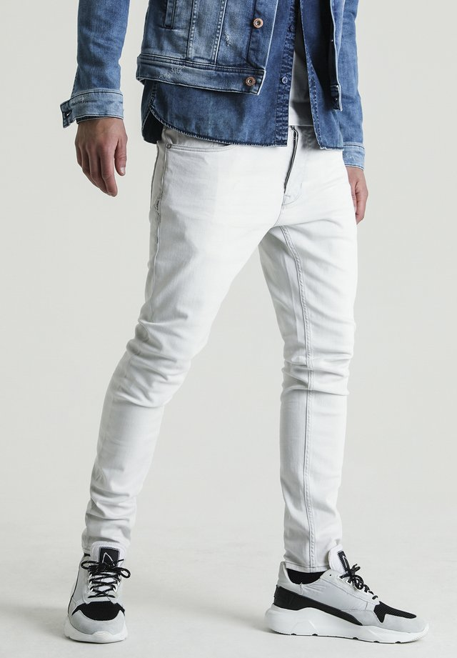 EGO MAIDON - Slim fit jeans - white