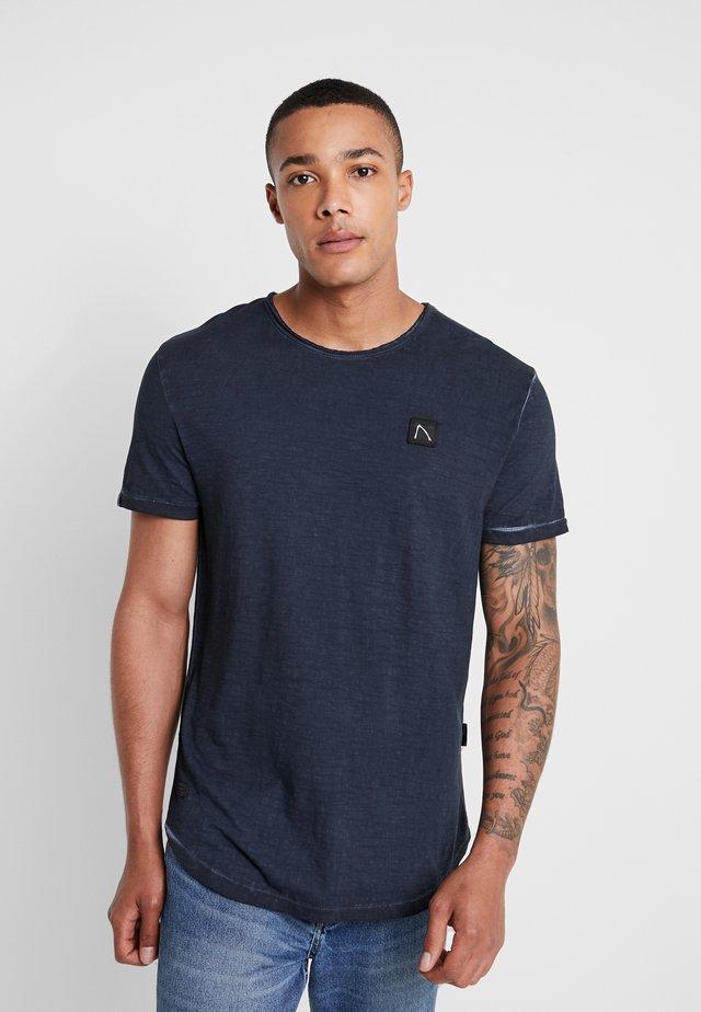 DEANEFIELD - T-shirt - bas - navy