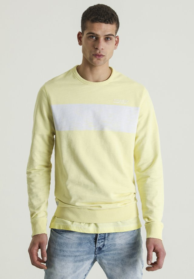REMY - Sweater - yellow