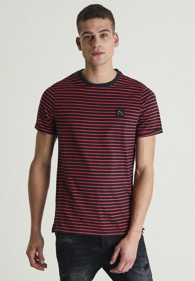 SHORE - Print T-shirt - black
