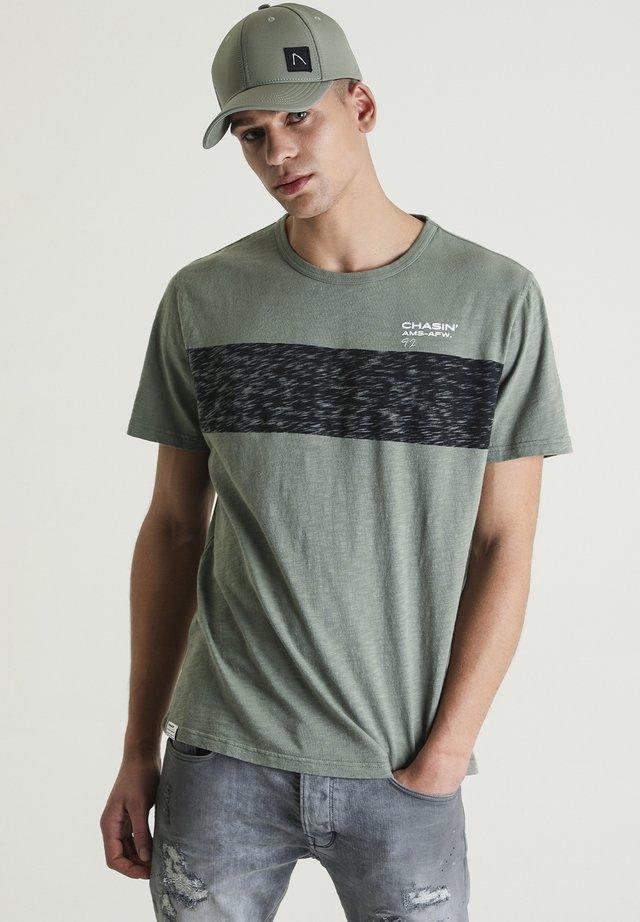 JEREMY - Print T-shirt - green