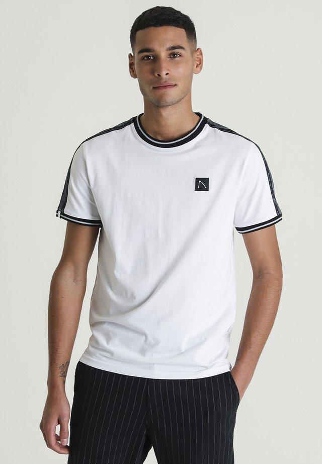 BARRY - T-shirt print - white