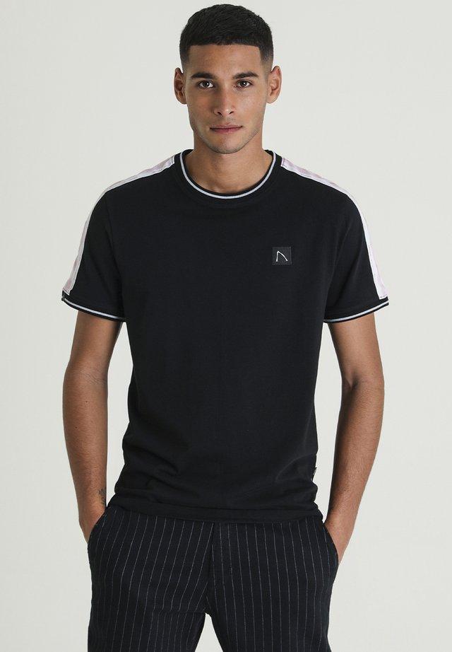BARRY - T-shirt print - black