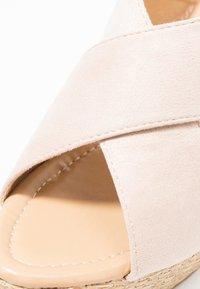 Chi Chi London - ANNA WEDGES - Sandały na obcasie - pink - 2