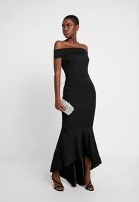 Chi Chi London - CHI CHI SHIRLEY DRESS - Vestido de fiesta - black - 2