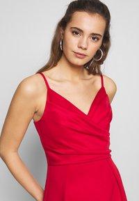 Chi Chi London - ECHO DRESS - Vestido de fiesta - red - 3