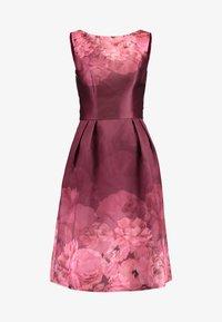 Chi Chi London - SADY DRESS - Vestido de cóctel - burgundy - 4