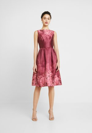 SADY DRESS - Cocktailjurk - burgundy