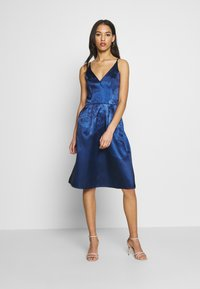 Chi Chi London - SEYMOUR DRESS - Cocktail dress / Party dress - navy - 1