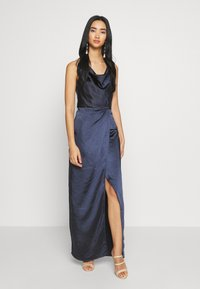 Chi Chi London - ALVIA DRESS - Galajurk - navy - 0