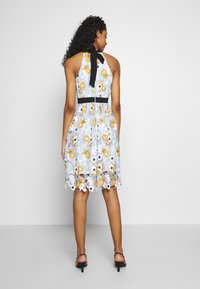 Chi Chi London - CHESTER DRESS - Cocktailjurk - blue - 2