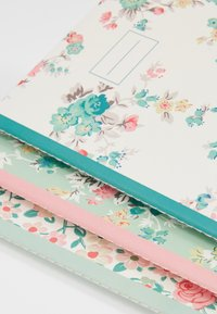 Cath Kidston - NOTEBOOKS 3 PACK - Muut asusteet - warm cream - 2