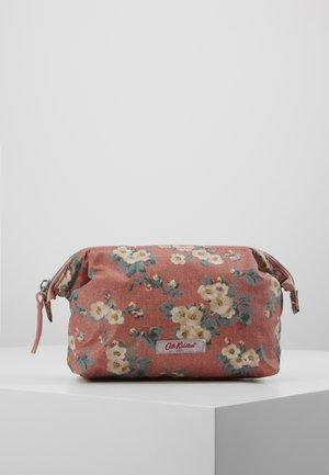 FRAME COSMETIC BAG - Kosmetická taška - dusty pink
