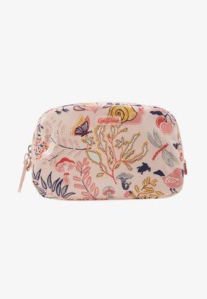 CLASSIC BOX COSMETIC BAG - Kosmetická taška - blush