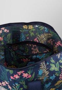 Cath Kidston - FOLDAWAY OVERNIGHT BAG - Shopping bags - navy - 5
