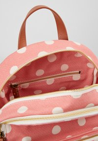 Cath Kidston - BRAMPTON SMALL POCKET BACKPACK - Reppu - red - 4