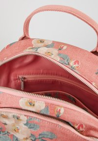 Cath Kidston - POCKET BACKPACK - Reppu - dusty pink - 4