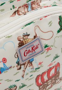 Cath Kidston - KIDS CLASSIC LARGE WITH POCKET - Rucksack - off white/brown - 2